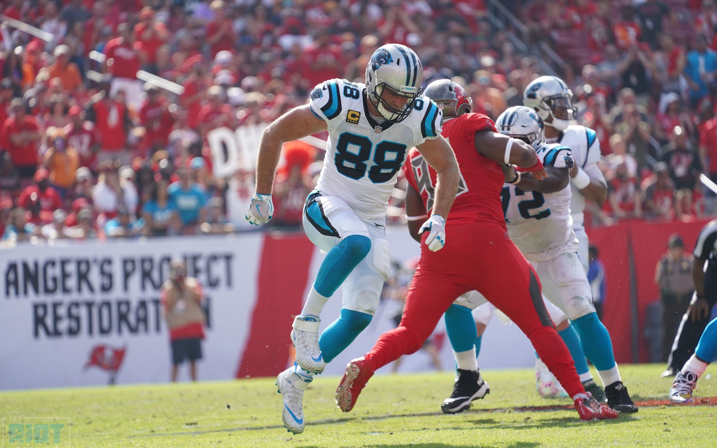 Greg Olsen Ruptures Plantar Fascia, Likely Out For Season