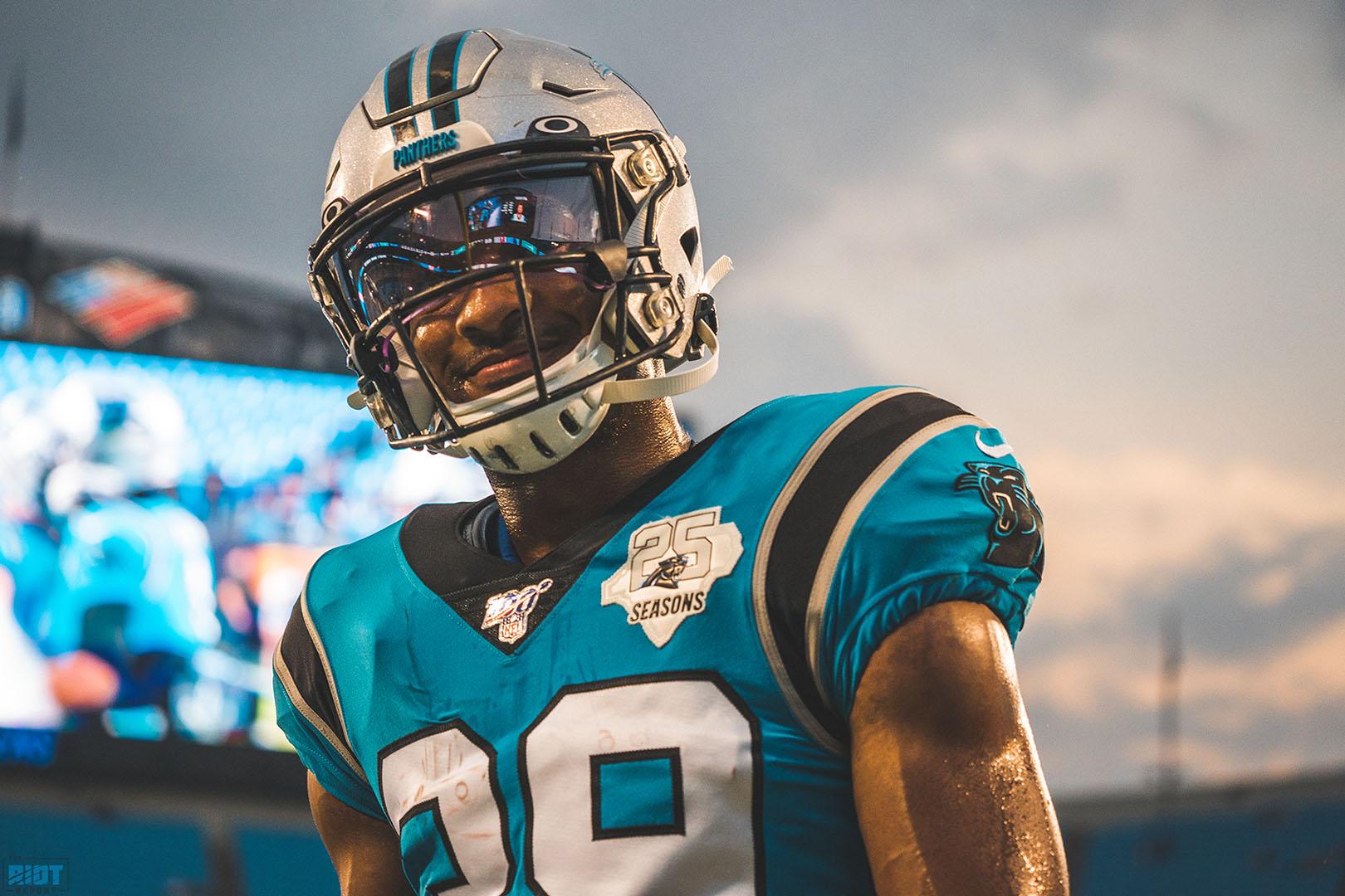 Panthers Re-Sign Reggie Bonnafon