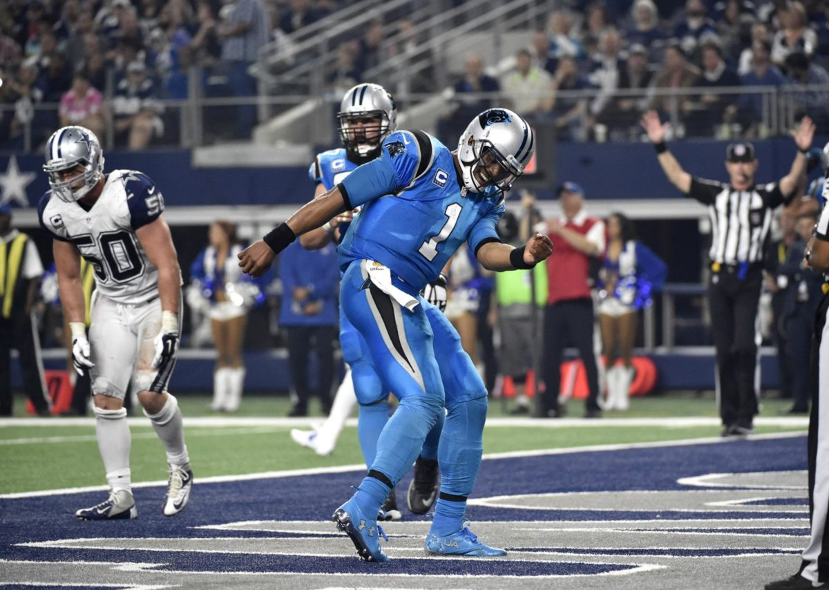 """""""It Was Lit, Man"""" The Color Rush, Twist and Pick Sixes That Defined Thanksgiving in 2015"""
