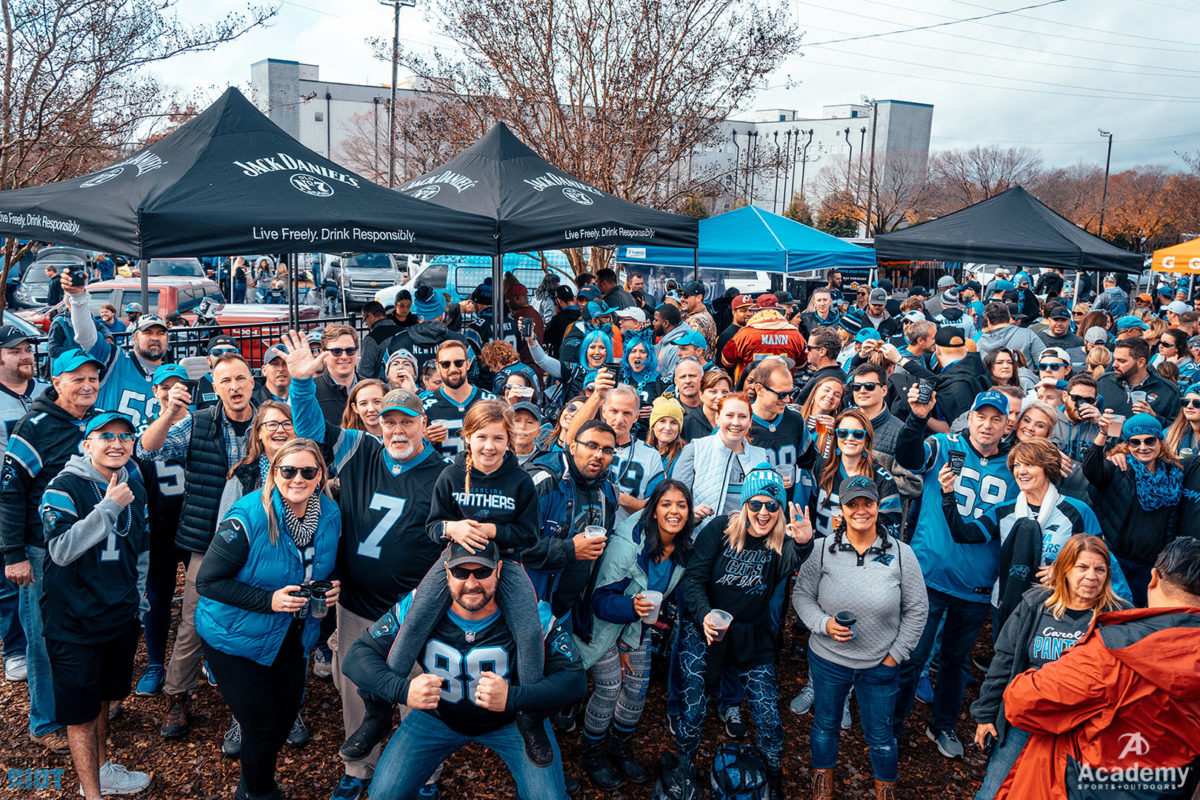 Photo Gallery: Roaring Riot Tailgate With A Purpose Week 13 Equipped by Academy Sports + Outdoor