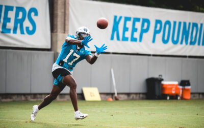 Panthers Teammates Can't Stop Talking About Omar Bayless